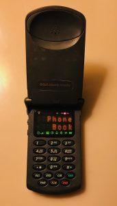 analog flip phone motorola